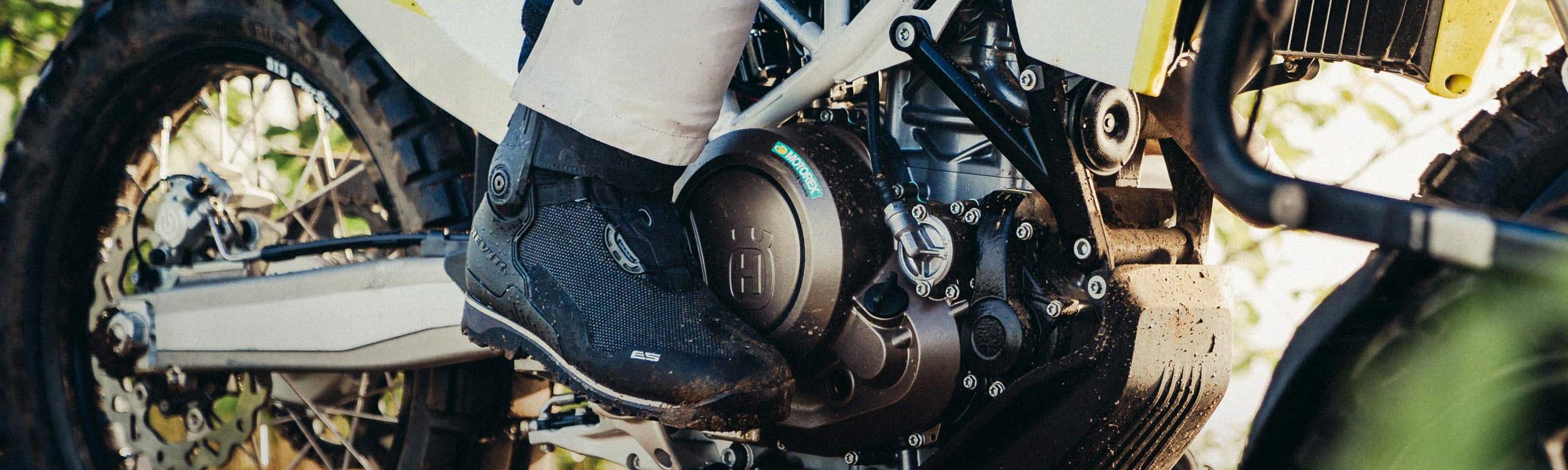 buty motocyklowe, turystyczne buty motocyklowe